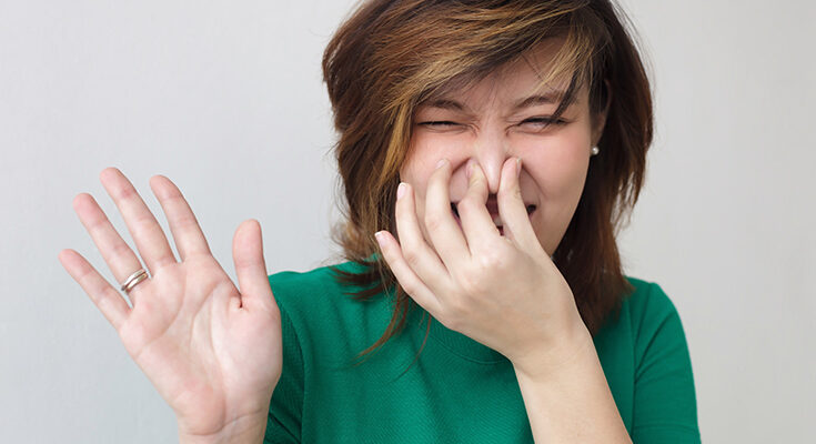 Как убрать неприятний запах
